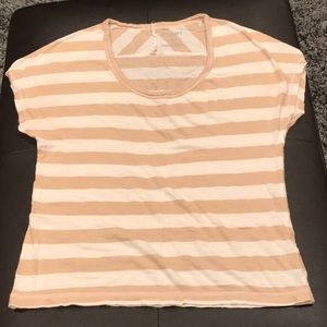 Tan and white Old Navy T-shirt